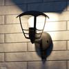 product in gebruik myGarden Creek Wandlamp met Sensor