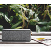 product in gebruik Rockbox Brick + Lace Wireless Sports