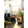 product in gebruik Avance Airfryer XXL HD9652/90 Zwart