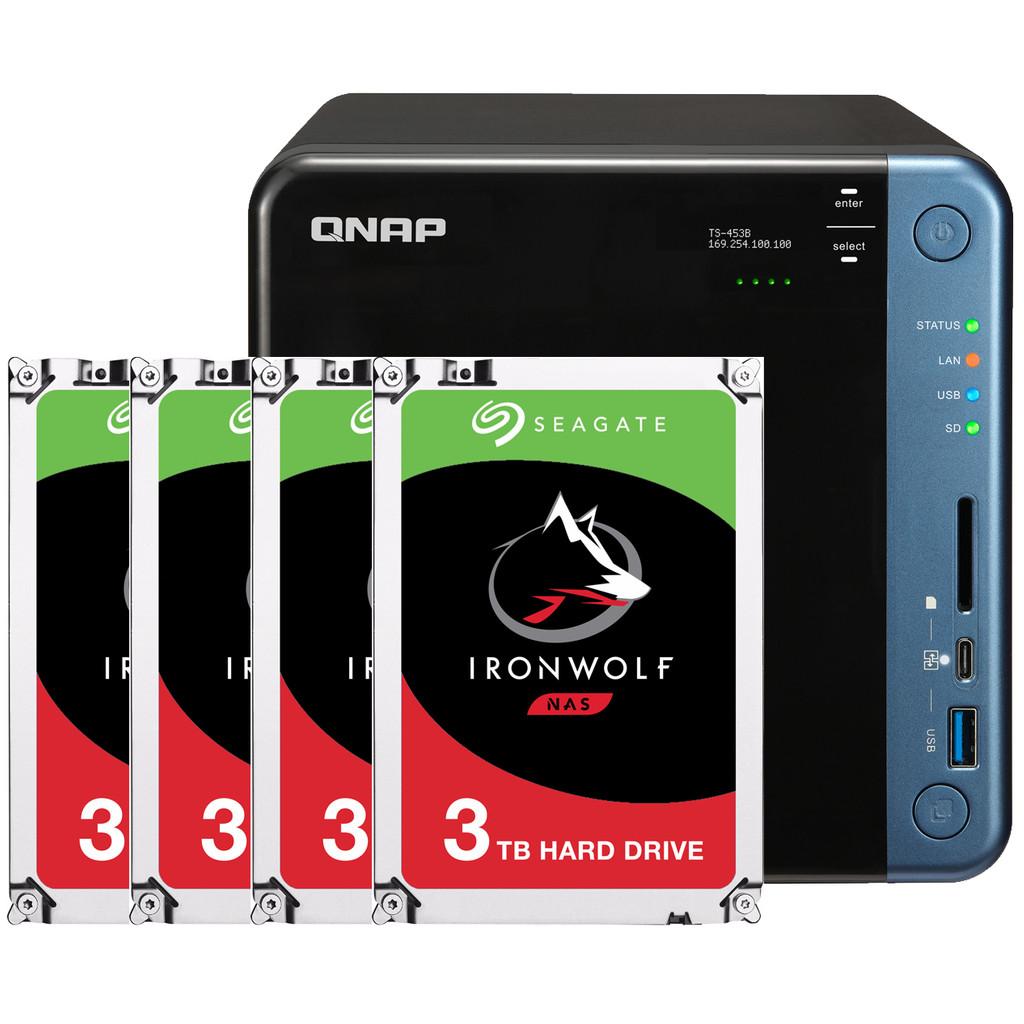 QNAP TS-453B 8 GB + 4x 3TB