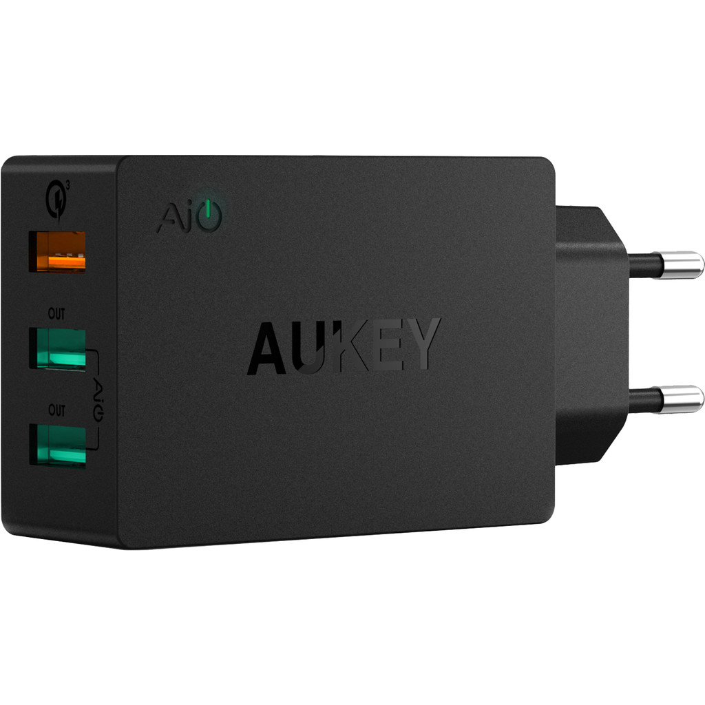Aukey Oplader met Micro Usb Kabel 3 Usb Poorten 18W Quick Charge