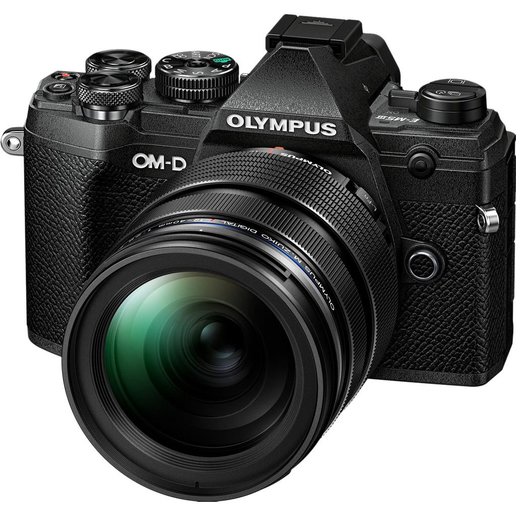 Olympus OM-D E-M5 III Body Zwart + 12-40mm f/2.8 Zwart