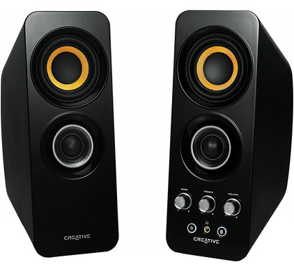 Creative T30 Wireless 2.0 Speakers + Muis