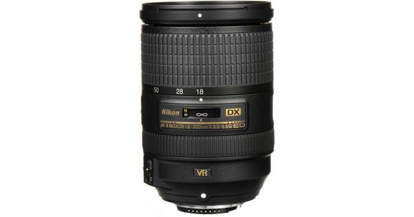 Nikon AF-S 18-300 mm f/3,5-5,6G DX ED VR