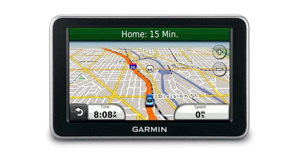 Garmin Nuvi 2360LT + Tas + Thuislader + Dashboard Donut