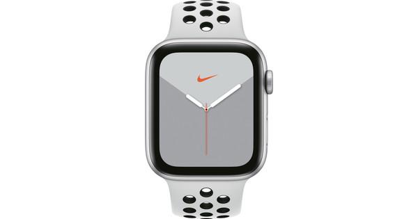 Apple Watch Nike Series 5 44mm Zilver Aluminium / Witte Sportband