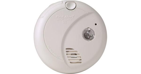First Alert SA720CE avec Éclairage de secours
