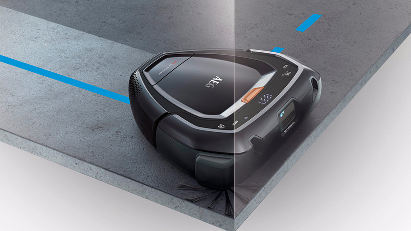 Side brushes of a robot vacuum