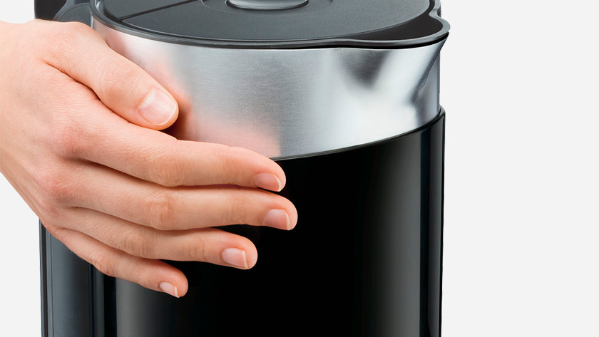 Double-walled electric kettle