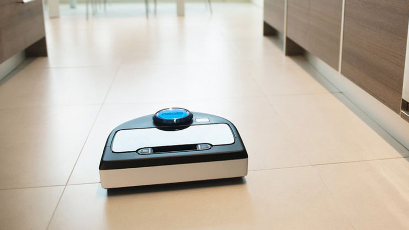Aspirateur-robot vs aspirateur standard