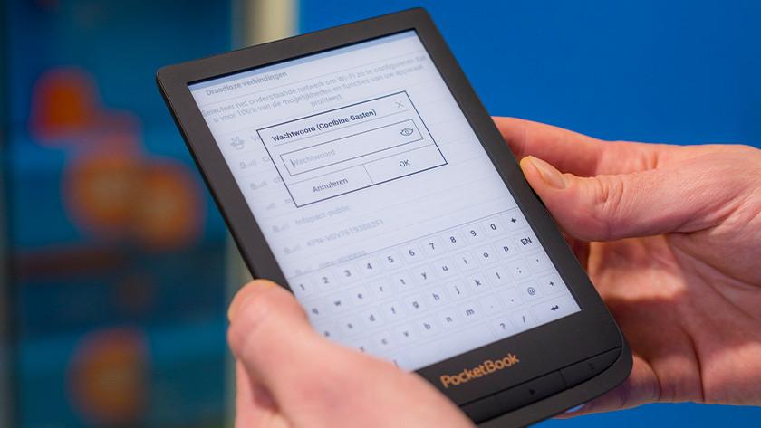 Wifi internet e-reader