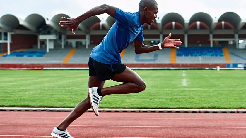 Montre de course amélioration de votre technique et condition physique