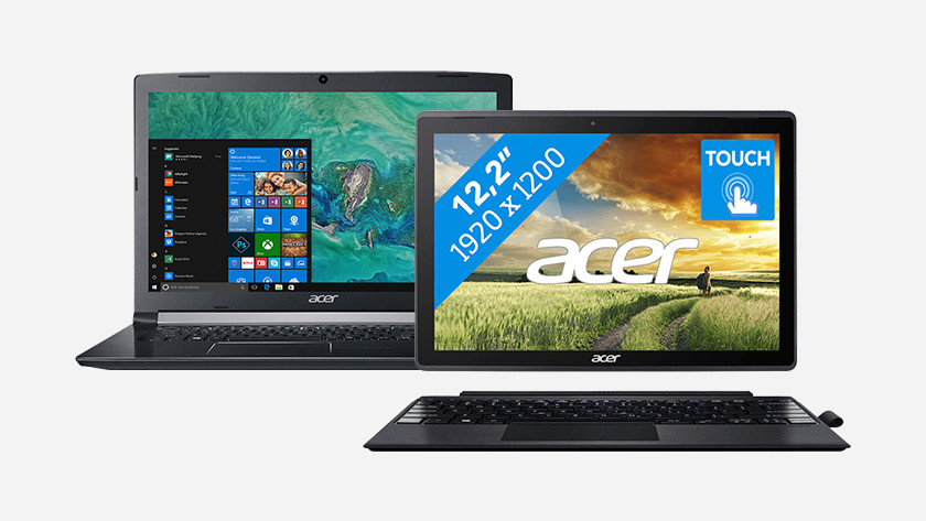 Two laptops between 400 and 500 euros side by side.