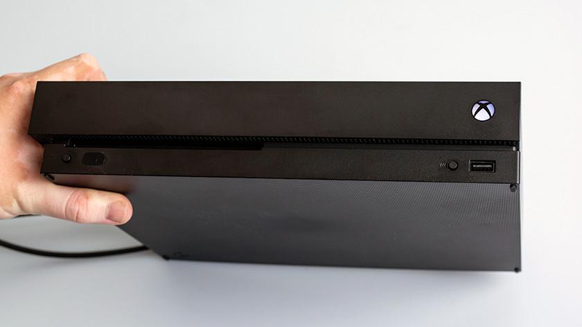 Xbox One X inschakelen