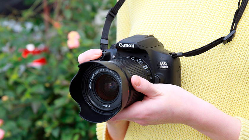 Compare the Canon EOS 1300D to the Nikon D3400 - Coolblue