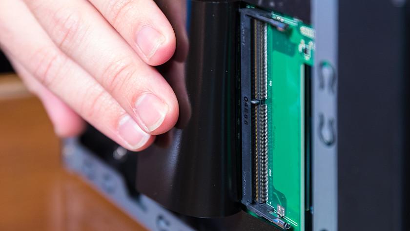 Lege RAM slot in een Asustor NAS