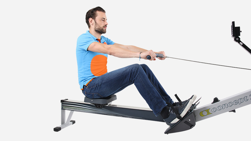 Rowing machine training ab muscles