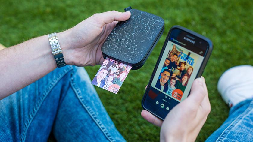 Imprimante portable en cours d'utilisation