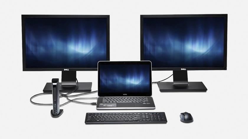 Monitoren op laptop met docking station.