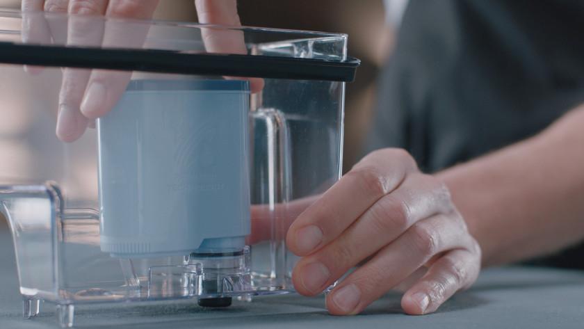 Placer le réservoir d'eau