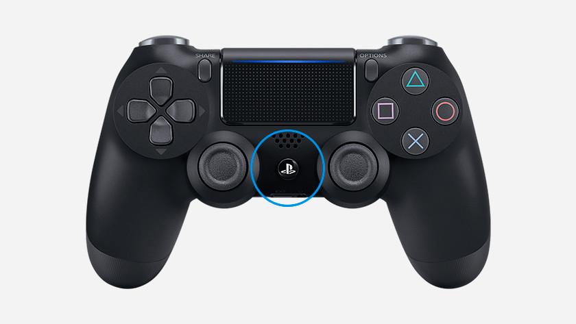 Gebruik de PS toets om je eerste en tweede controller aan te zetten