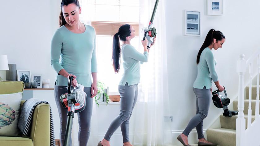 Aspirateur balai pour nettoyer de grands espaces