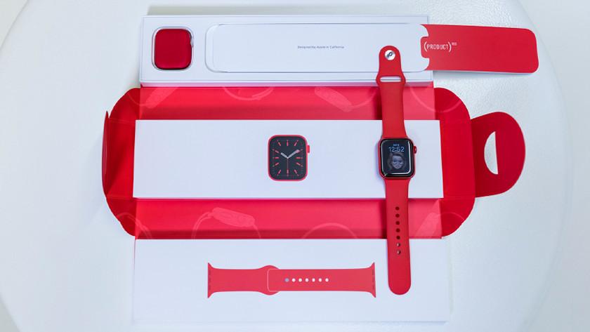 Apple Watch Series 6 uit de doos