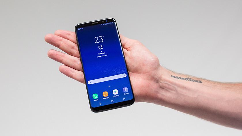 Samsung Galaxy S8 in hand