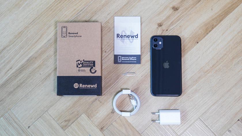 Refurbished iPhone met accessoires