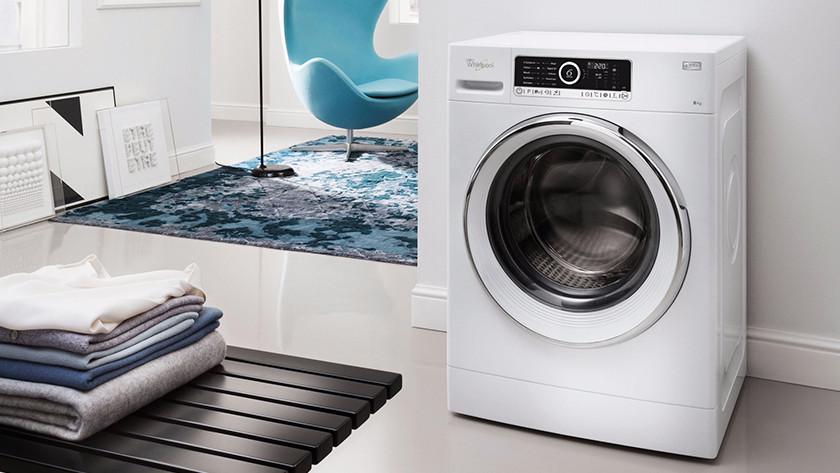 Wasmachine in woonkamer