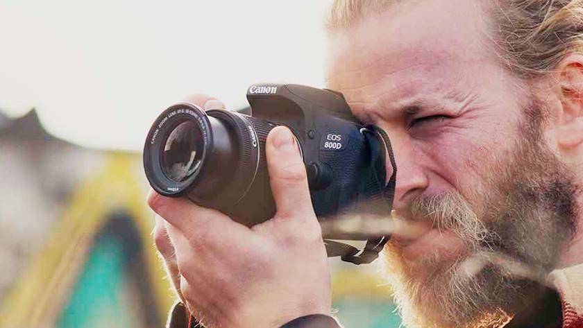 Caractéristiques physiques Canon EOS 800D