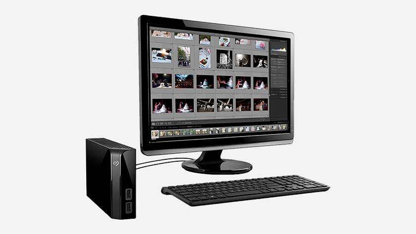 Storage capacity external HDD monitor keyboard