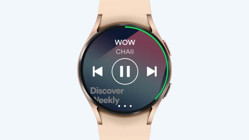 Samsung Galaxy Watch4 roségoud Spotify