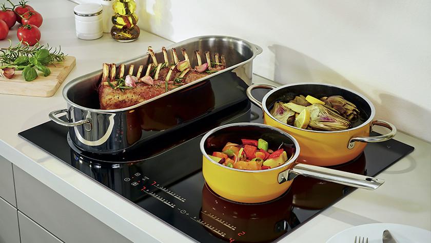 Koken op een inductie kookplaat