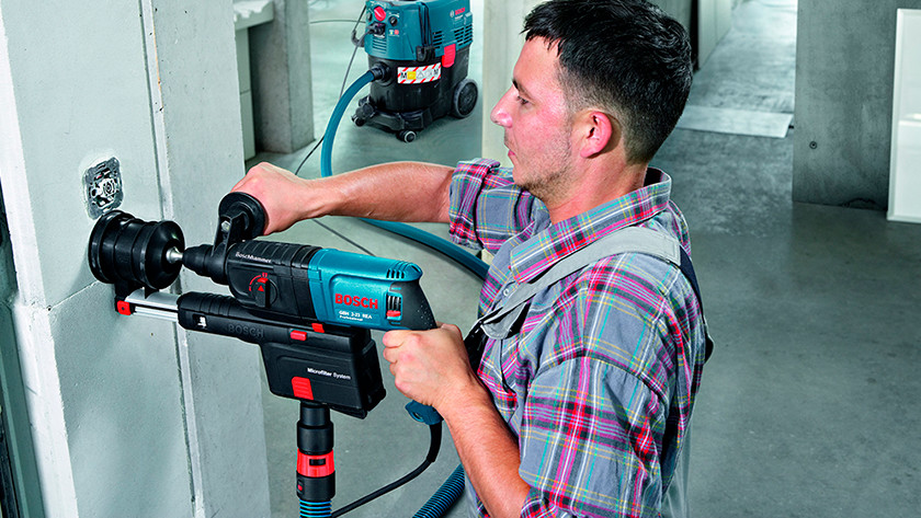 Integrated socket construction vacuums