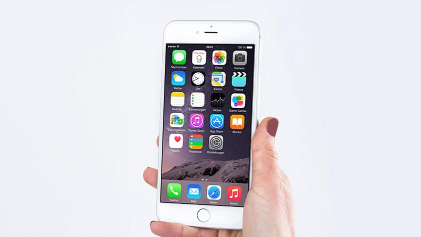 De iPhone 6 Plus in de hand