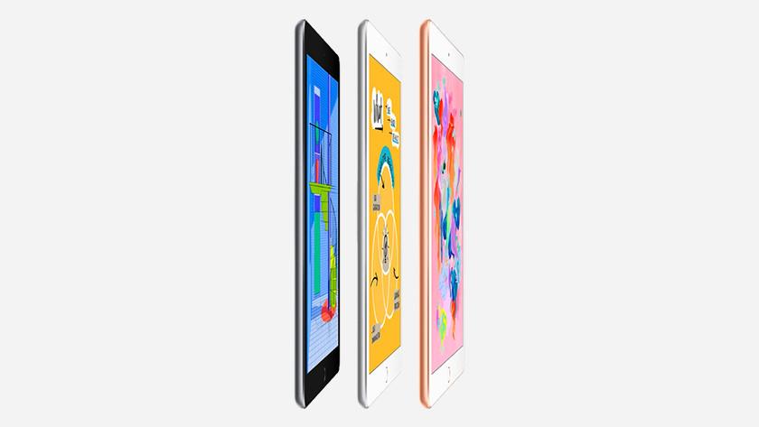 iPad 2018 versions