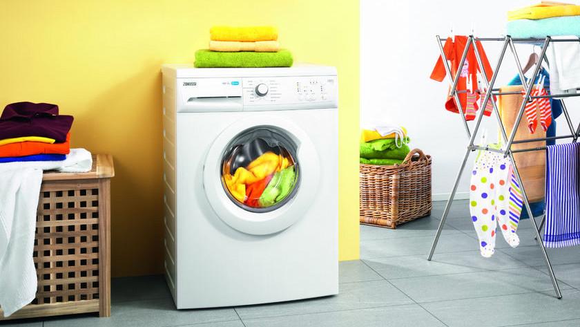 Machine à laver avec qualité de lavage d'entrée de gamme