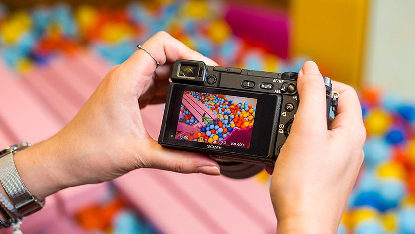 Focus with the Sony Alpha A6400