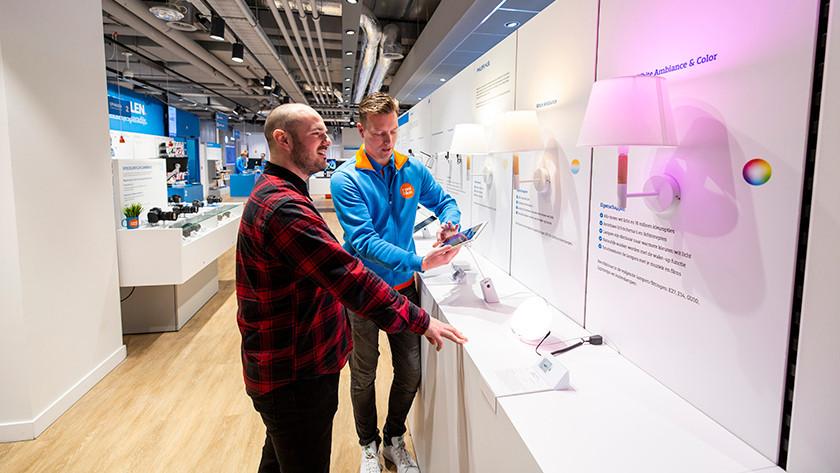 Ampoules connectées dans magasin La Haye