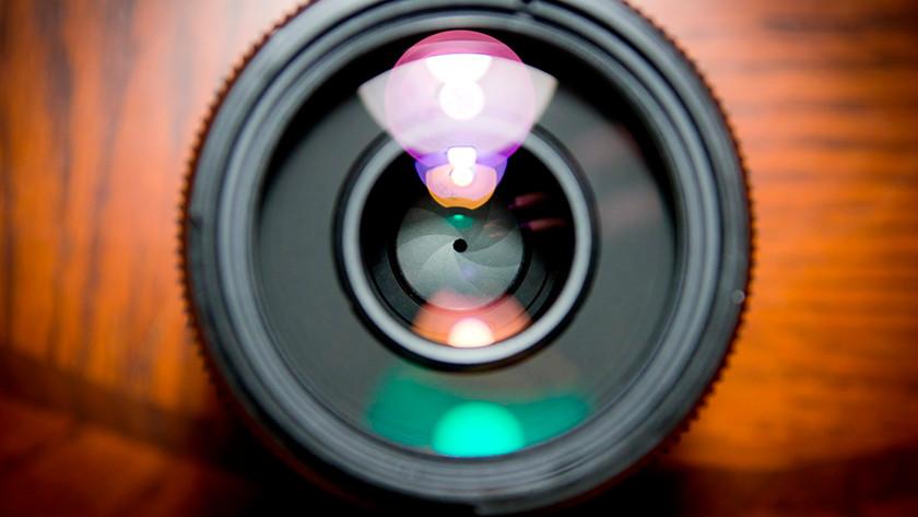 Lens met schimmel apart houden