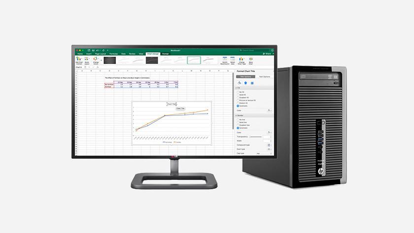 Excel op HP desktop monitor.
