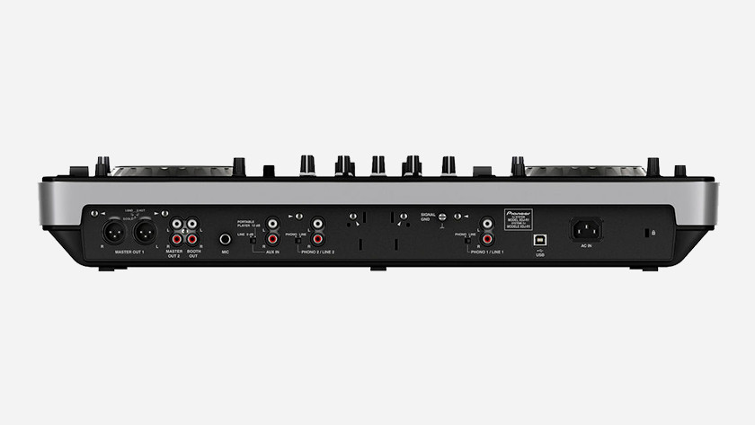 DJ controller connections