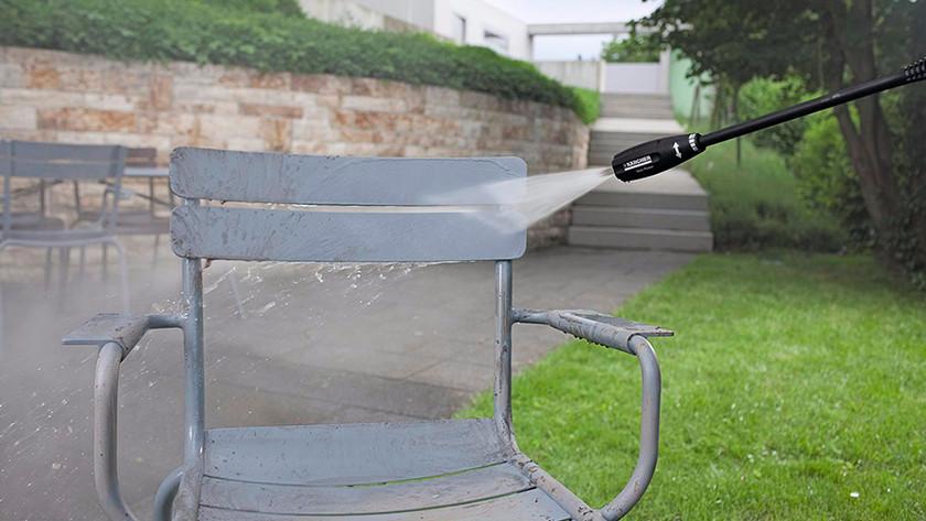 Cleaning garden furniture