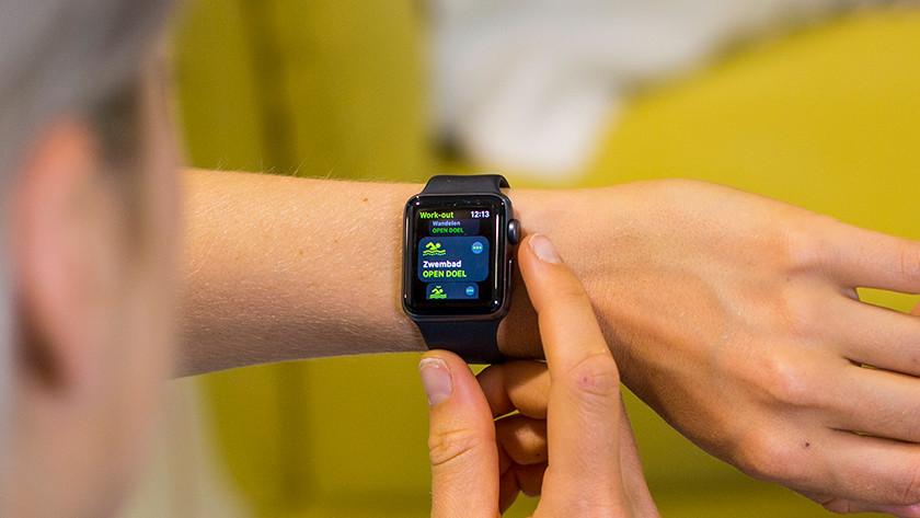 Apple Watch swimming showering
