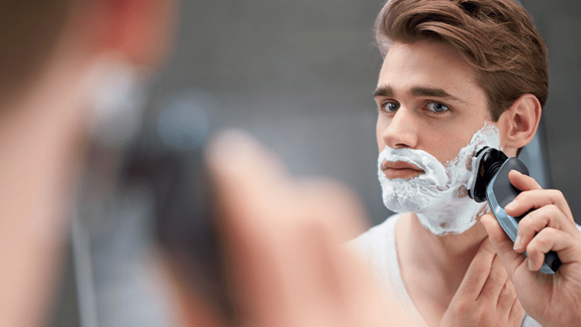 Wet shave with a Philips electric shaver