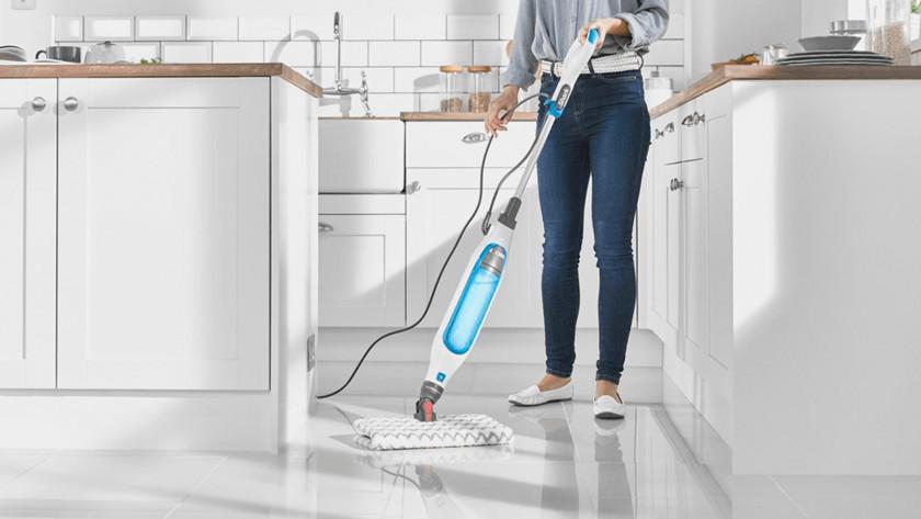 Tile floor steam cleaner