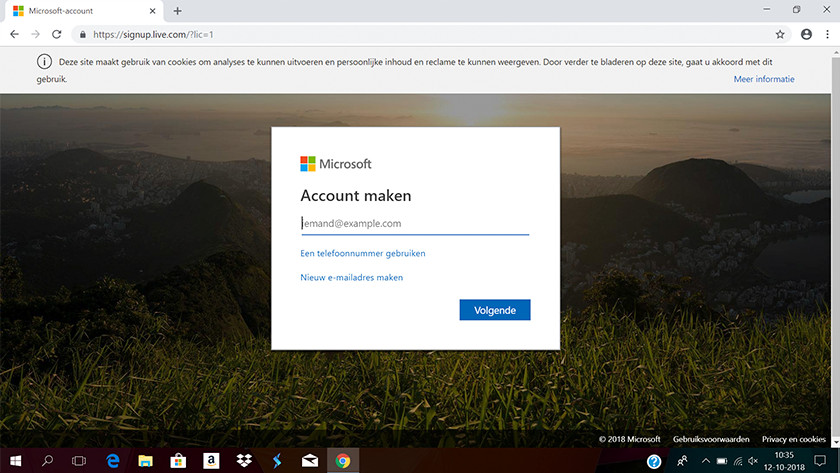 Screen to create a Microsoft account.