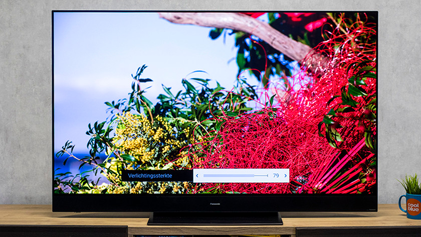 Achtergrondverlichting tv instellen