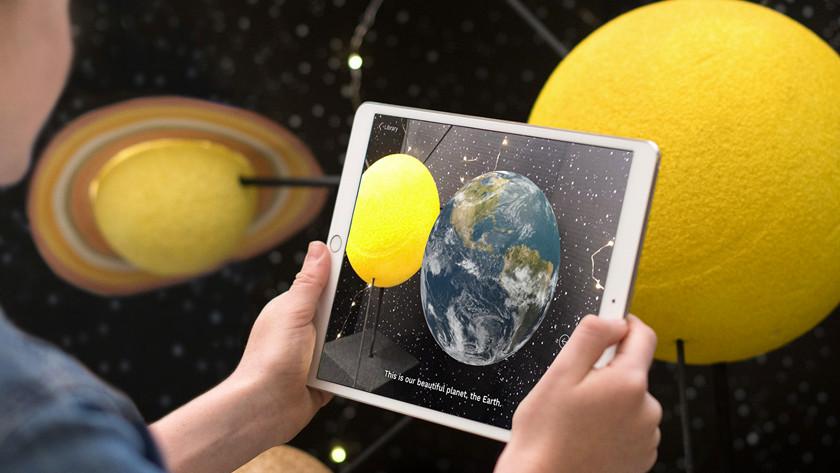 iPad 2018 display